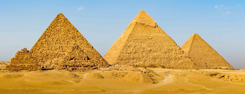 3 Pyramids-1.jpg
