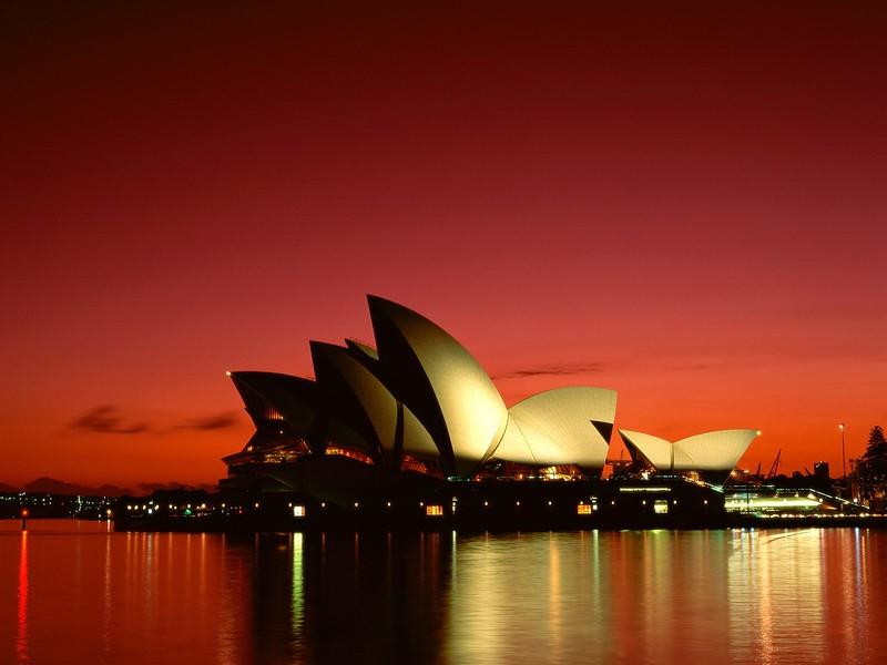 Scarlet Night, Sydney Opera House, Sydney, Australia.jpg