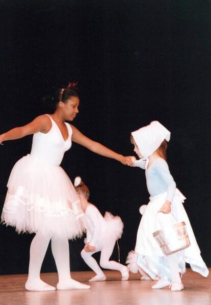 Dance_0355_a.jpg