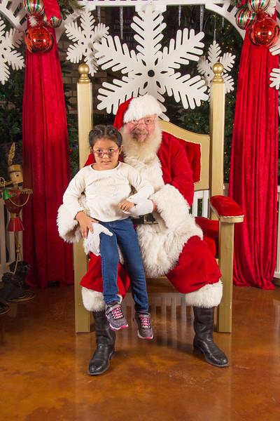 Santa 12-16-17-76.jpg