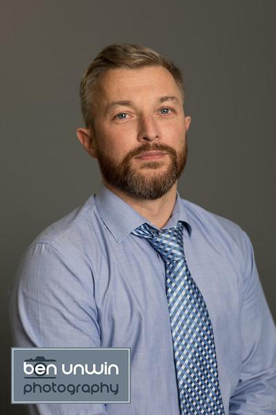 corporate-headshot-profile-002.jpg