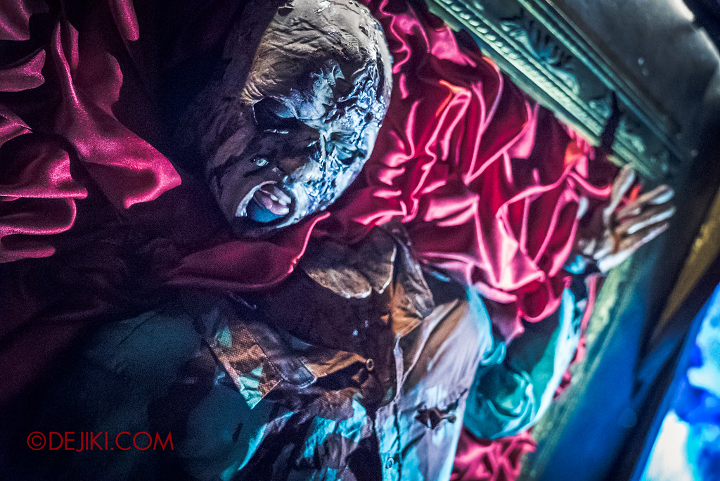 Halloween Horror Nights 6 - Bodies of Work / Art coming alive