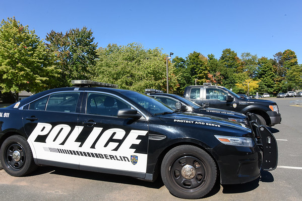 PoliceCars-be-100616-2 (2)_102920