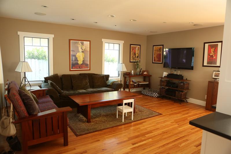041_Livingroom4.jpg