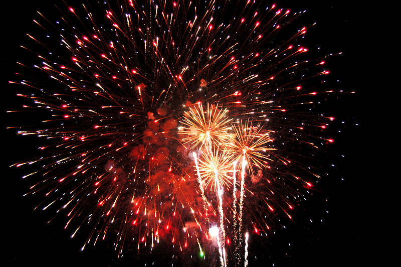 Orem Fest fireworks. I didn't have a tripod or a good camera. I shot this with my Nikon Cookpix 7900 handheld.