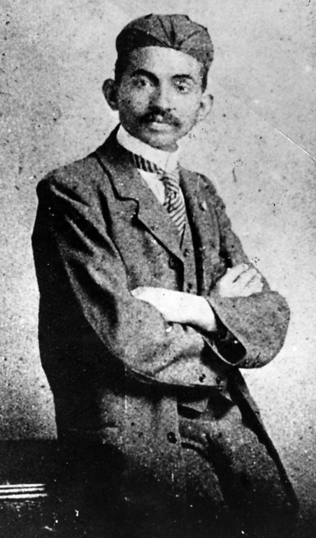 . Mahatma Gandhi (Mohandas Karamchand Gandhi, 1869 - 1948) as a young lawyer, circa 1906.  (Photo by Hulton Archive/Getty Images)