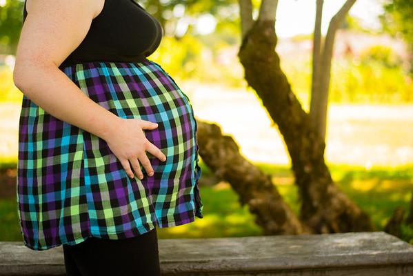 Lesa - Maternity