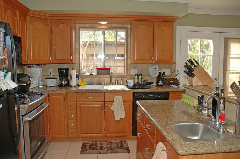 n_mollison kitchen window.jpg
