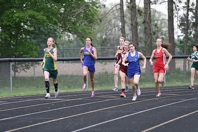 2013 MHSAA Highland Conference Girls 800 Meter