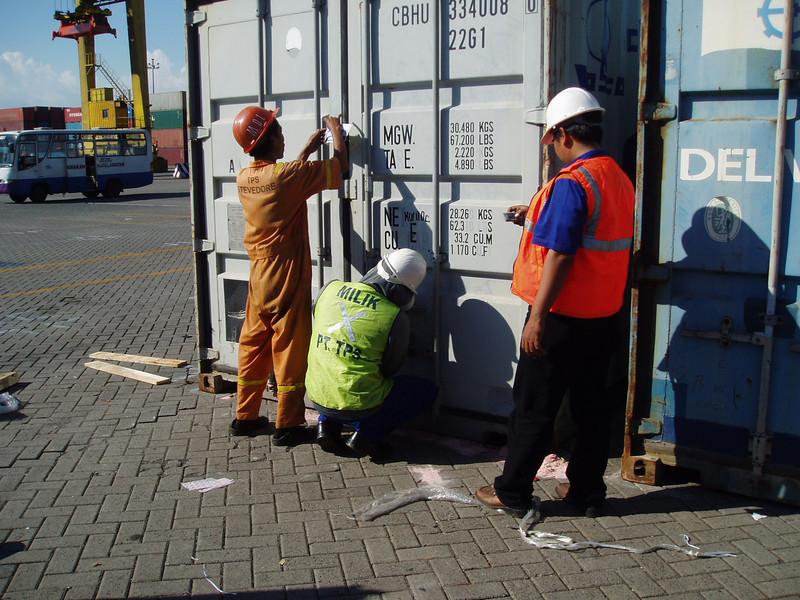 Otto Kuijk Zkhs vervoer en aankomst container (25).jpg