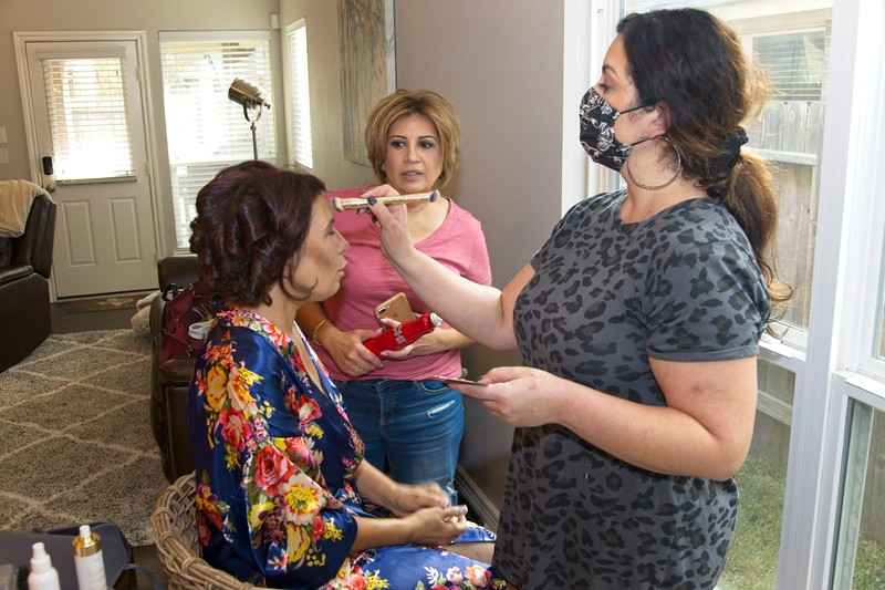 112020_Wedding-172403-GettingReady-0032.jpg
