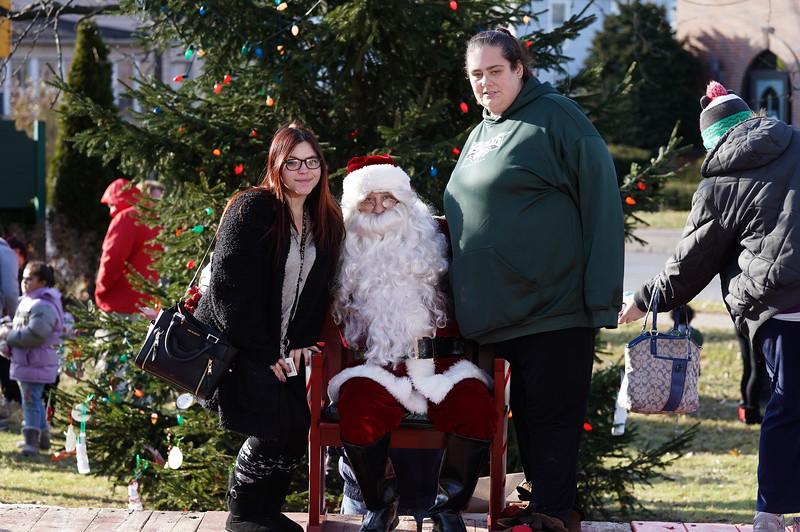 Santa In The Park 20190043.JPG