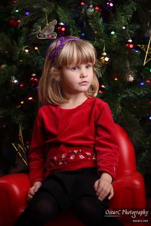 Codrus Family Christmas Portraits