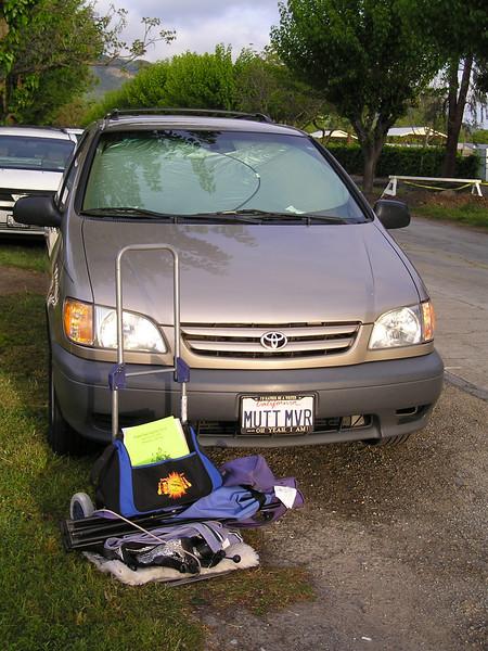minivan and gear