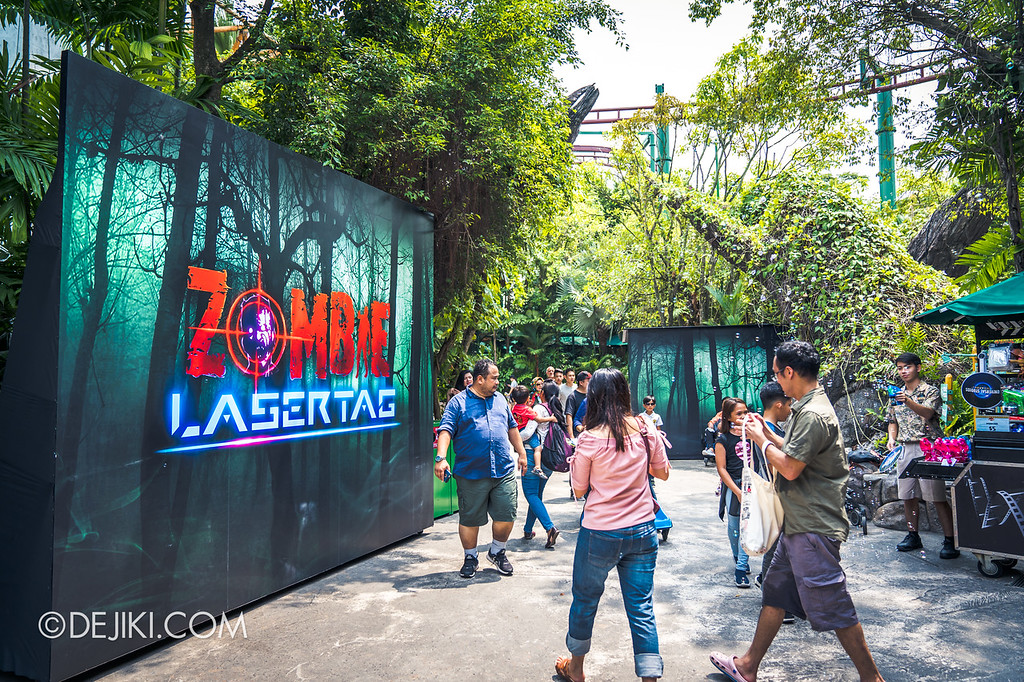 Universal Studios Singapore Halloween Horror Nights 8 / Zombie Laser Tag 2018 divider walls