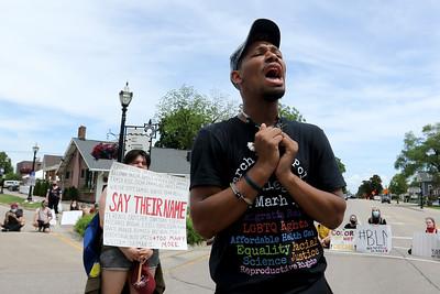 060520 Black Lives Matter protest Crystal Lake (MA)