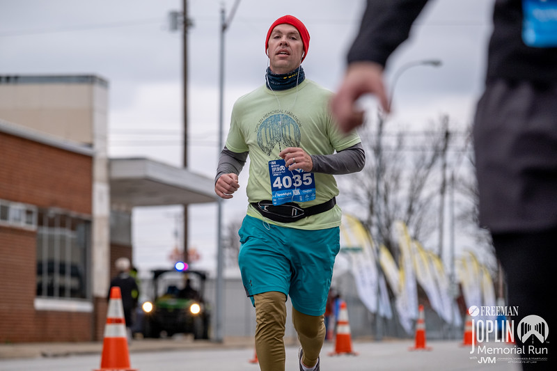 Joplin Memorial's COVID 19 rescedueld date kicked off on a chilly, cloudy morning but the runners were all smiles finally getting to attend an in person event.