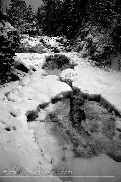 Duchesnay Falls - North Bay, ON Black/White