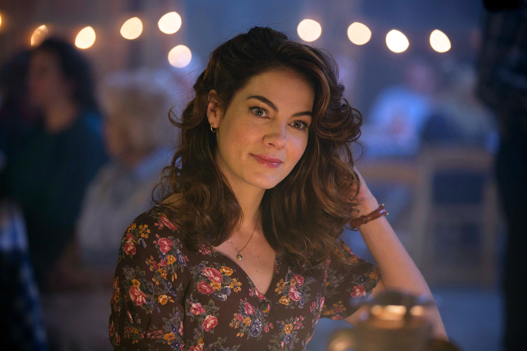 """. In this image released by HBO, Michelle Monaghan appears in a scene from \""""True Detective.\"""" Monaghan was nominated for a Golden Globe for best supporting actress in a series, mini-series or TV movie for her role on Thursday, Dec. 11, 2014. The 72nd annual Golden Globe awards will air on NBC on Sunday, Jan. 11. (AP Photo/HBO)"""