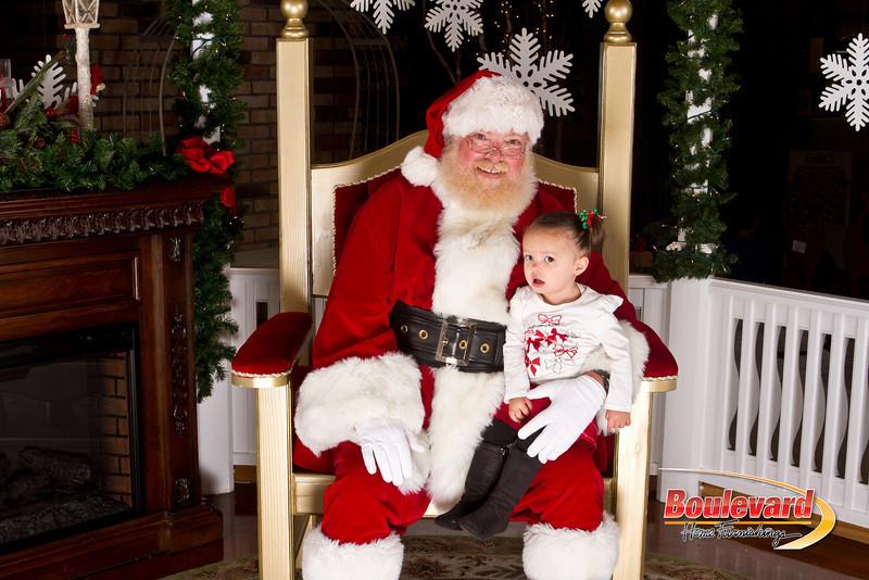 Santa Dec 15-285.jpg