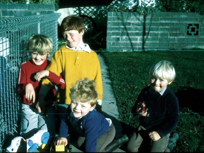 1973-5-27 (8) Susan 7 yrs 10 mths, David 9 yrs 5 mths, Allen 2 yrs & Andrew 3 yrs 8 mths.jpg