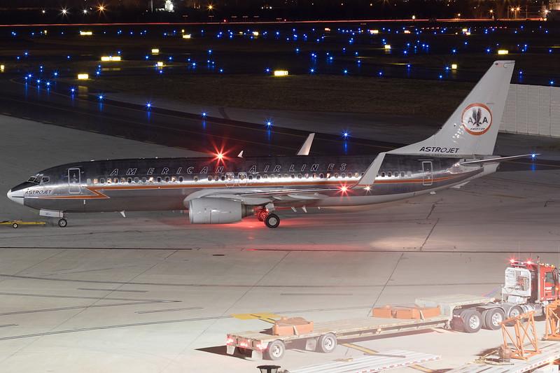 748A6120_Dec29_N951AA.jpg