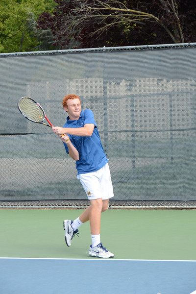 menlo-tennis-2013-boys 3.jpg