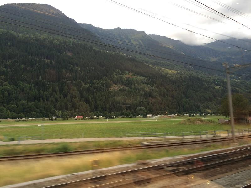 335_iPhone_Switzerland.JPG