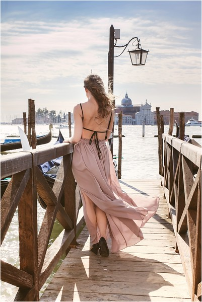 Fotografo Venezia - Elopement in Venice - Honeymoon in Venice - photographer in Venice - Venice honeymoon photographer - Venice photographer - Elopement Venice photographer - 27.jpg