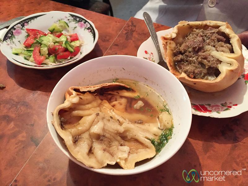 Giant Osh Somsa, How to Eat It - Osh, Kyrgyzstan