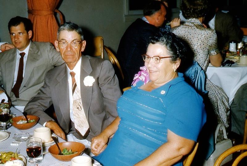 Al Rowe Sr., Papa & Mama