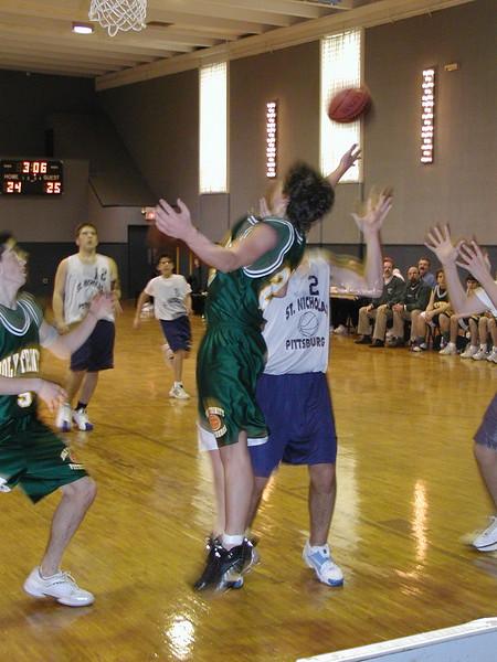 2003-02-21-Holy-Cross-Bball-Tournament_005.jpg