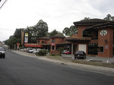 """RAFAEL - SAN RAFAEL - Escazu - The """"Beverly Hills of Costa Rica"""" - in the middle of the Concrete Jungle with EVERYTHING you could need!!!"""