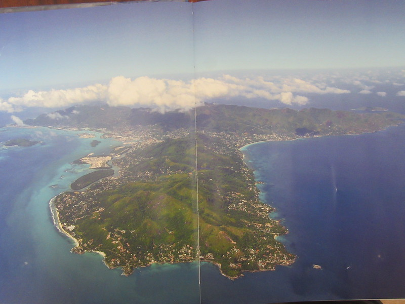 019_Mahé Island. Typical Granitic Islands, being mountainous and covered with jungled vegetation.JPG