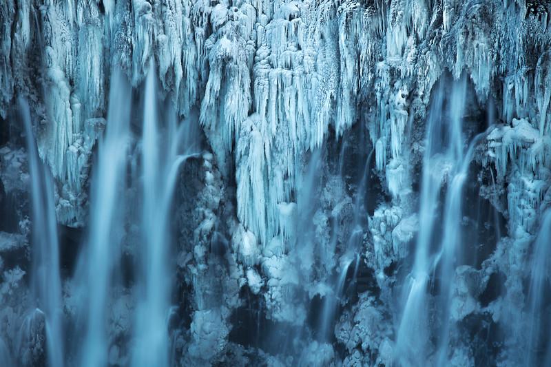 Dettifoss waterfall ice frozen iceland close up.jpg