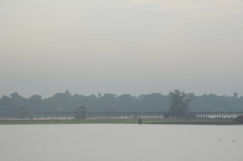 DSC_4998-taungthaman-lake.JPG