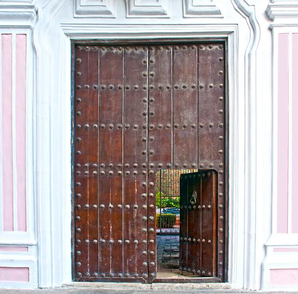 CubaDoors-4.jpg