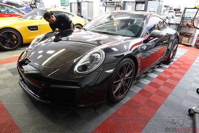 Porsche 911 Carrera T - Black