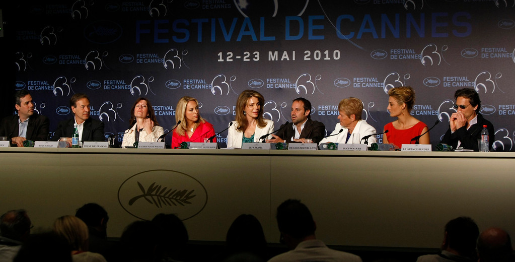 """. From left, executive producers Matt Brown, Bruce Blair, Diane Weyermann, former CIA officer Valerie Plame Wilson, Queen Noor of Jordan, executive producer Jeff Skoll, former Prime  Minister of Norway Dr. Gro Bruntland, director Lucy Walker, and producer Lawrence Bender attend a press conference for the film \""""Countdown To Zero\"""", at the 63rd international film festival, in Cannes, southern France, Sunday, May 16, 2010. (AP Photo/Mark Mainz)"""