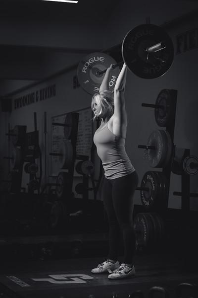 Sara_weightroom_5stars_BW-15_IMG_4262.jpg
