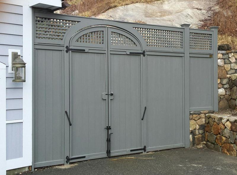 198 - 513856 - New Milford CT - Custom Gate & Fence