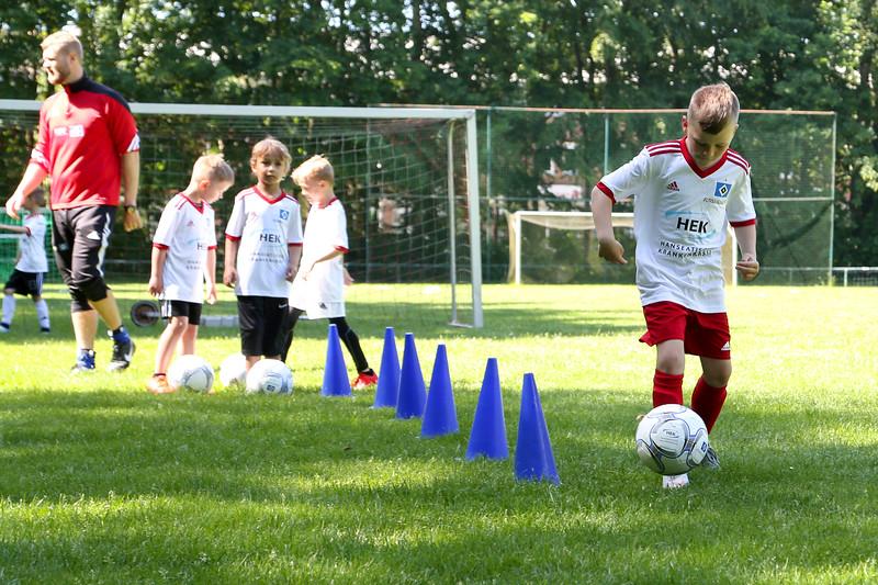 hsv_fussballschule-167_48048031317_o.jpg