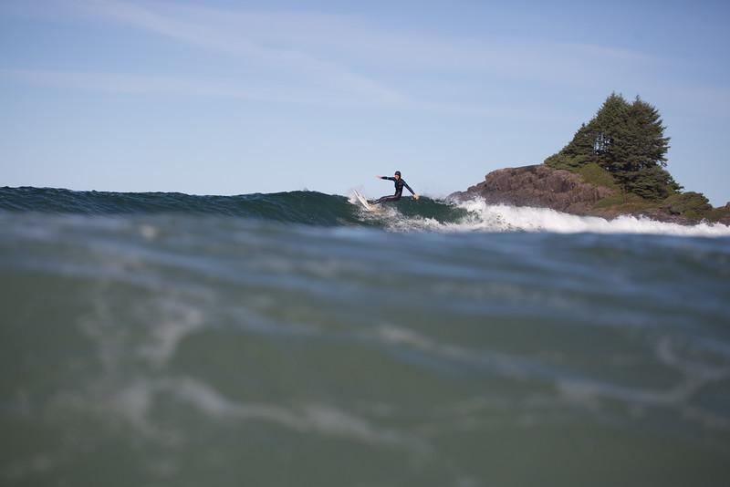 150906_Tofino_AM_Surf_7610.jpg