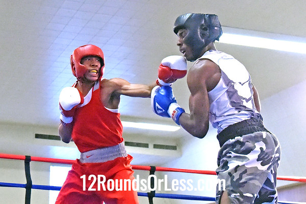 Bout 3 Azeez Muhammad, Red Gloves, Boxing for Boxers BC, Chicago, IL -vs- Elmer Dennis, Blue Gloves, Empire BC. Cleveland, 141 lbs