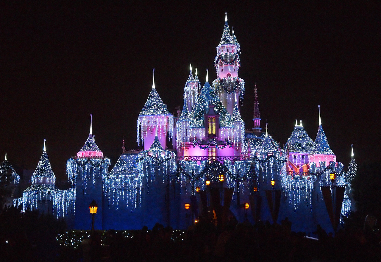 Sleeping Beauty's Castle (front) with Christmas lights at Disneyland - 9 Dec 2010