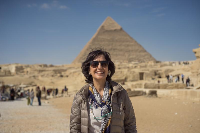 Concha ante las pirámides