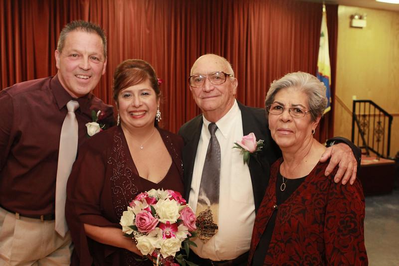 mom wedding 59.jpg