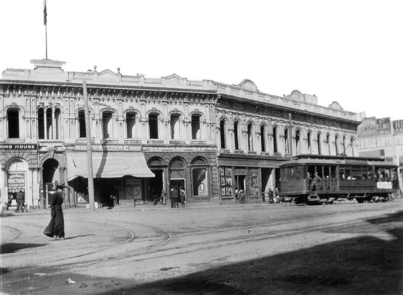 View of the Downey Block in Los Angeles at the site of the Post Office, shown from across the street, 1900