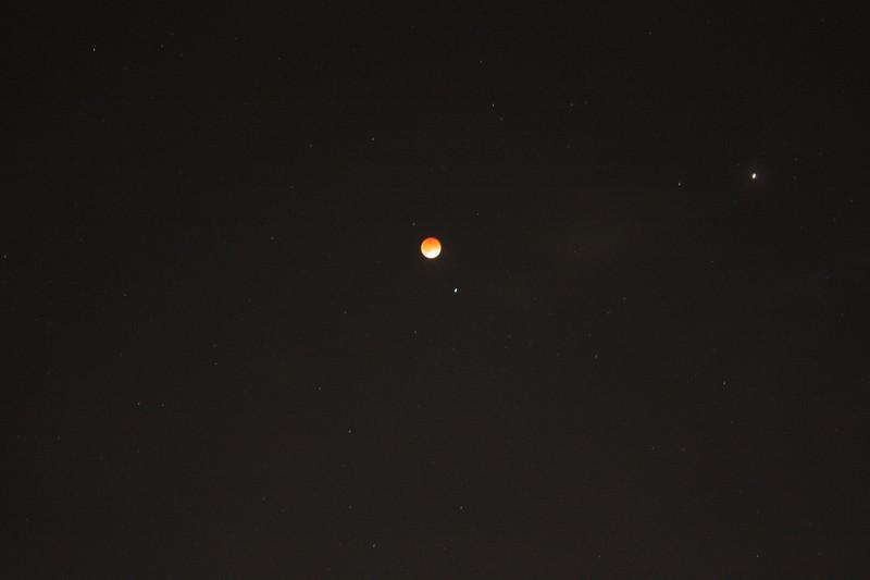 2014-04-15 Blood Moon - Lunar Eclipse - 03.JPG