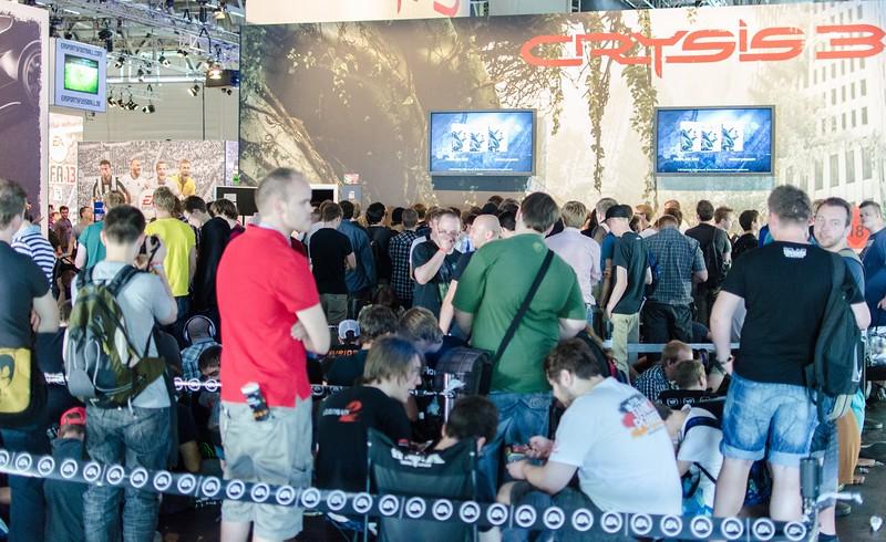 Crysis 3 line @ Gamescom 2012